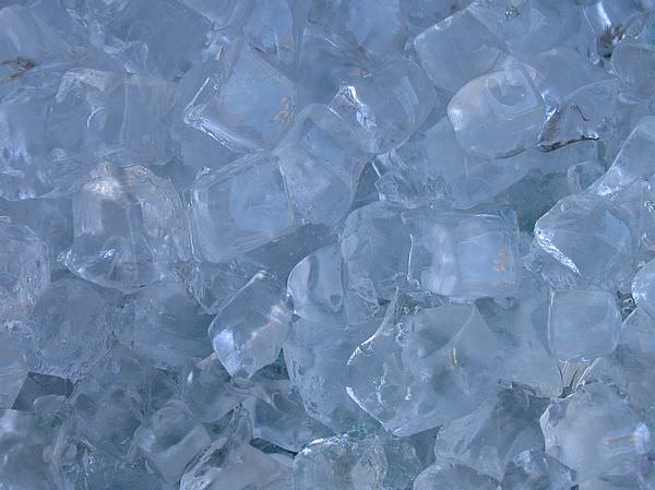 ice.cubes.cold2 - Copy